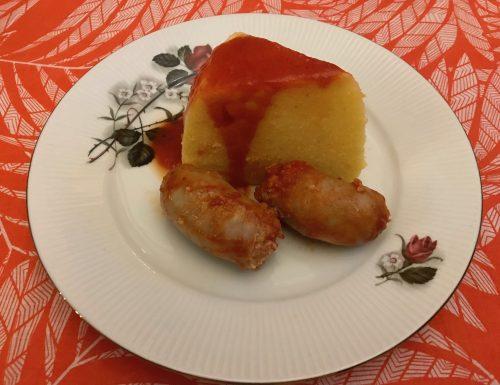 Polenta con salsicce