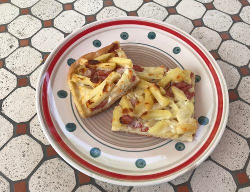 Pizza besciamella e patatine