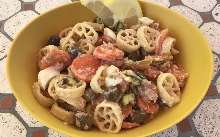 Ruote di pasta all'insalata