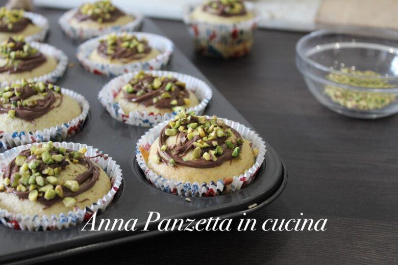 Muffin al pistacchio con crema alla nocciola
